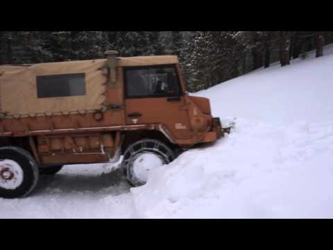 Pinzgauer 718 @ 10,000 feet with chains