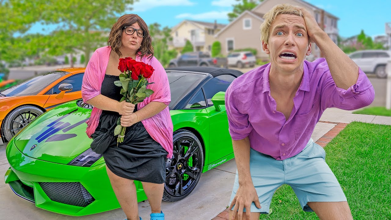 Download I Cant Believe She KISSED Me On My FIRST DATE!!  (Mystery Neighbor Ellen Has a Crush On Me)