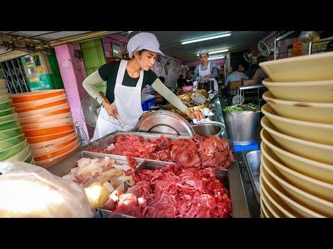 Best Bangkok Street Food – Thai BRAISED BEEF Paradise! ร้านเนื้อตุ๋นท่าน้ำสาธุประดิษฐ์