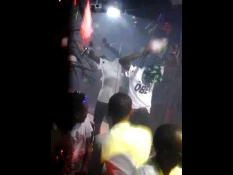 Money New Cheat en Show au Night Club à Louis au GABON
