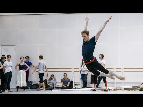 The Royal Ballet rehearse