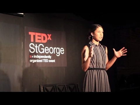 The ten-item wardrobe | Jennifer L. Scott | TEDxStGeorge