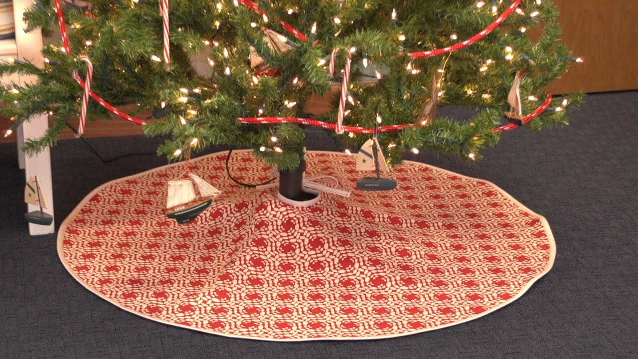 how to make a christmas tree skirt youtube - Christmas Tree Skirt Pattern