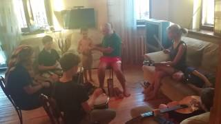 Урок игры на ударных инструментах. Мастер-класс Даниила Ленци в лагере mini-camp