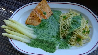 Cách làm MÌ cá hồi MĂNG TÂY sốt cải bó xôi BỔ DƯỠNG | Vietnamese German Kitchen Garden
