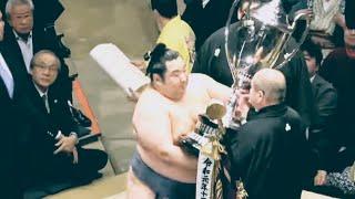 【現地より】表彰式・徳勝龍関、幕尻からの初優勝!