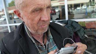 Бездомный Иван Хомичук рассказывает о жизни в Калифорнии