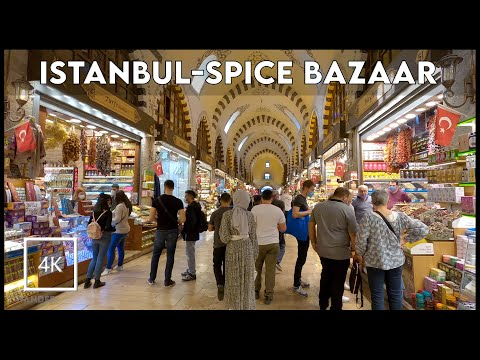 ⁴ᴷ⁵⁰ ISTANBUL BAZAAR WALK 🇹🇷 Walking in The Spice Bazaar, Eminönü, Galata Bridge in The Autumn