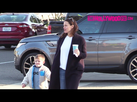 Jennifer Garner Takes Her Son Samuel Affleck With Her To Drop Off Daughter Violet At School 2.1.17