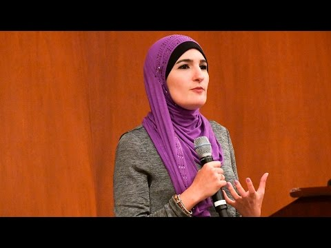 Linda Sarsour: Moving Muslim Women's Voices from Margin to C