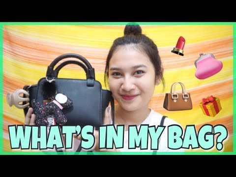 WHAT'S IN MY BAG? 2017 | INDONESIA | Risabel Meliala