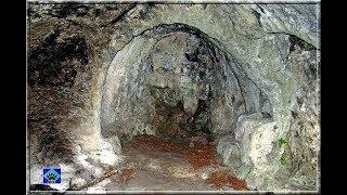 Cueva del Moro (Manzanedo)