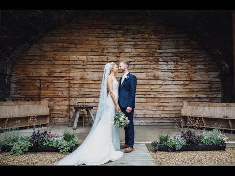 Tower Hill Barns // Sarah & Nick HIGHLIGHT FILM