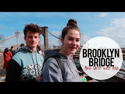 Walking the Brooklyn Bridge NEW YORK CITY with kids