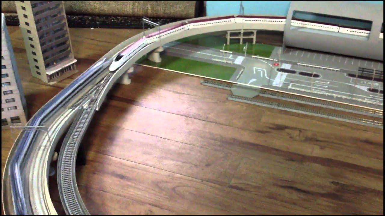 Testing 1 Kato N Scale Shinkansen Bullet Trains
