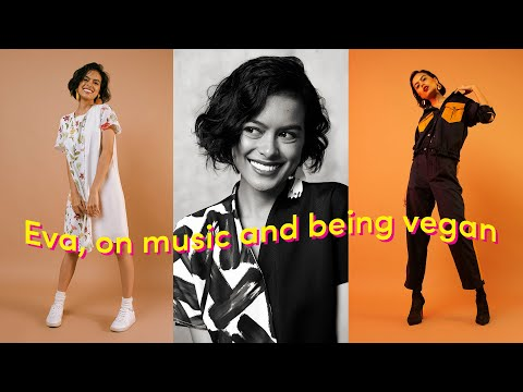 Download Girl Chat with Eva Celia Mp4 baru