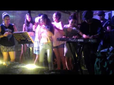 Kawitana - Khe San with Aussie Girls on Stage