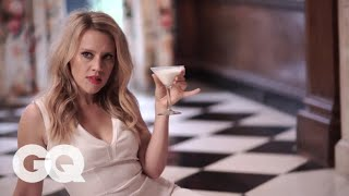 Kate McKinnon Weighs in on the Best SNL Kisser | GQ