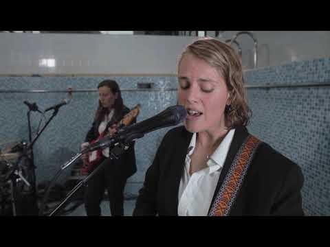 Смотреть клип Marika Hackman - Jupiter 4