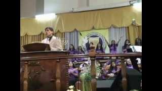 06- Padre, a tus pies me postro / Adorando en Santidad / Coro Israel [Cruzada de Poder]