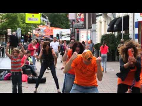 Flashmob WE ARE ONE Olé Olé Olé