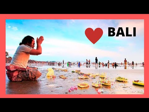 BALI, the fascinating FESTIVAL OF THE SEA on KUTA BEACH (Indonesia)