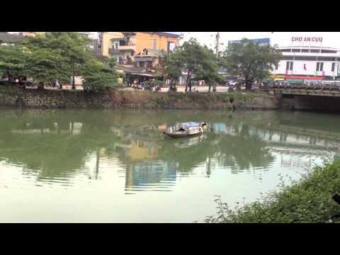 Sông hương hữu tình với đôi vợ chồng đánh cá!