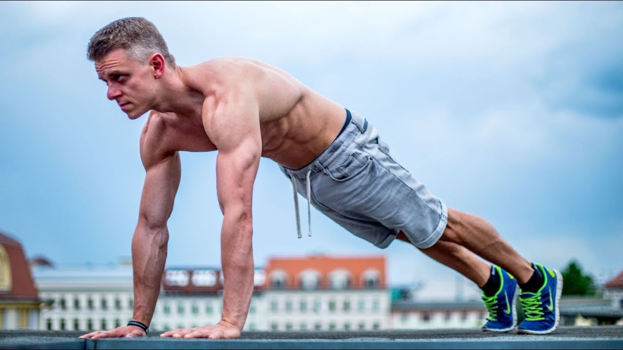 Push Ups Vs. Bench Press | Which is better or more ...