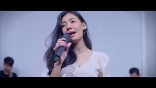 แผลกลางใจ -[Cover By สมอารมณ์ x Pimthitiii] [Official MV 4K]