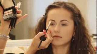 Школа макияжа. Коррекция формы глаз: близко поставленные глаза.(http://avon-woman.com.ua Марина Борщевская -- ведущий стилист-визажист Украины с 15-летним опытом работы. Она сотруднич..., 2013-09-24T12:35:41.000Z)