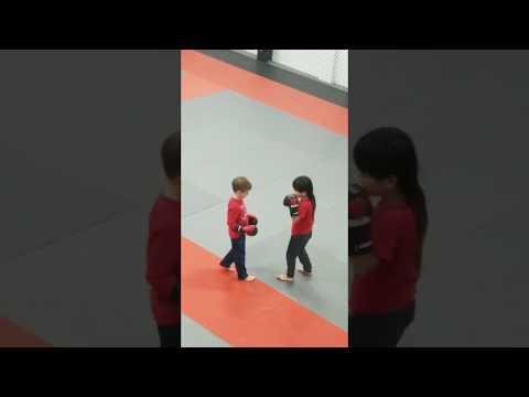 S.I kickboxing training