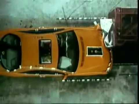 Mercedes CL W215 Crash test