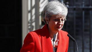 Theresa May kämpft bei ihrer Rücktrittsrede mit den Tränen