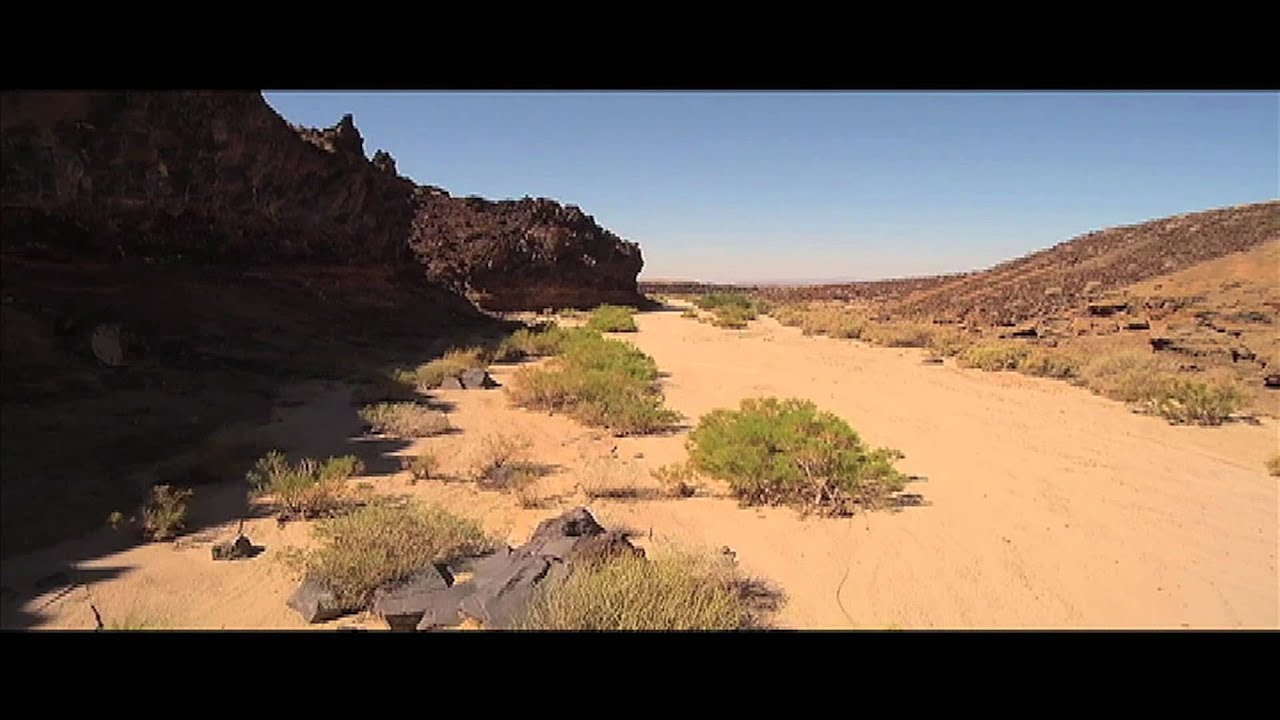 Volcanoes of the Mojave Desert - YouTube