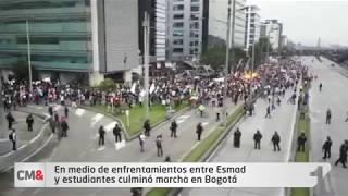 En medio de enfrentamientos entre Esmad y estudiantes culminó marcha en Bogotá