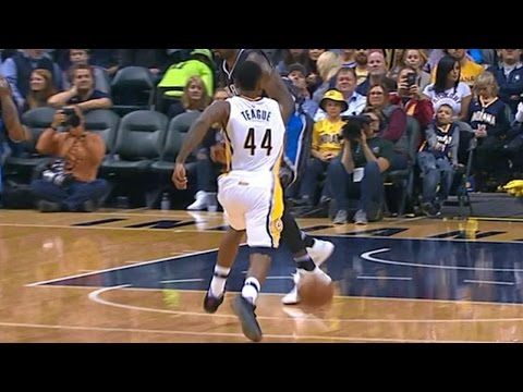 Jeff Teague Maravich-Esque Handles!