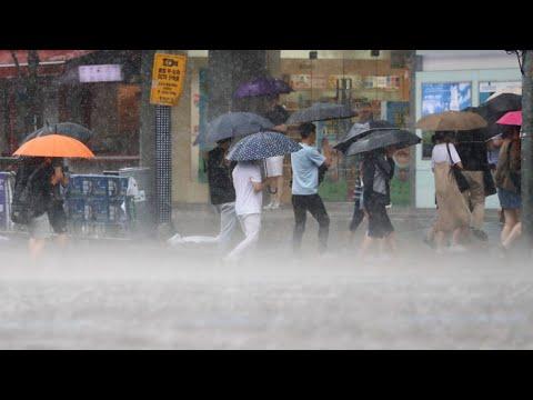 경기도 전역에 폭우…도로 침수에 인명피해까지 / 연합뉴스TV (YonhapnewsTV)