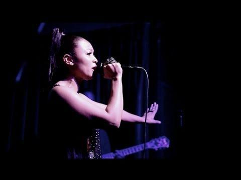 Teairra Mari Debuts New Single 'That's All Me' at R&B Live