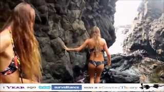 Surfer Girls are Hot! Thumbnail