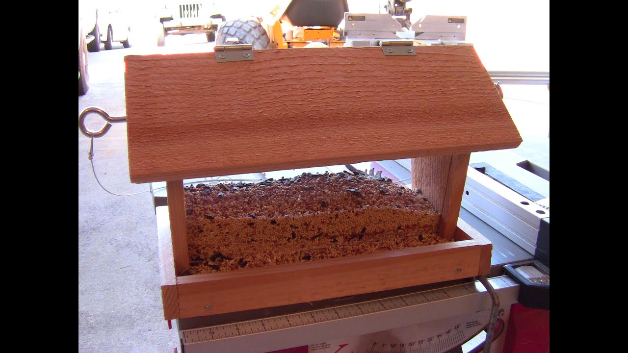 How to Build a Bird Feeder - Small DIY woodworking project ...