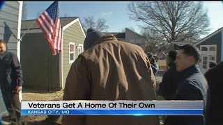 Homeless Vets Move Into New Tiny Homes In Kansas City