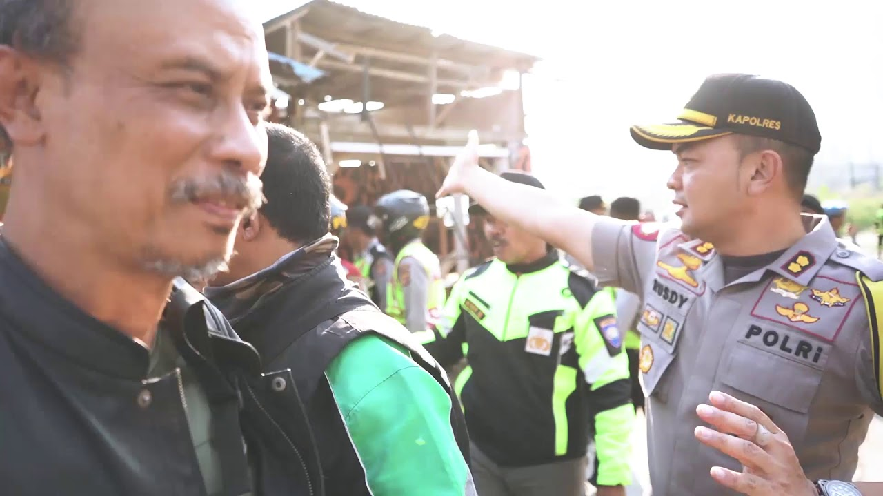 Polres Cimahi amankan kebocoran pipa Pertamina di tol Purbaleunyi