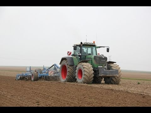 Fendt 930 tractor with big tires youtube for Big tractor tires for free