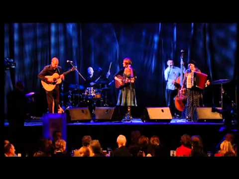 Karine Polwart at the MG ALBA Scots Trad Music Awards 2008 song 2