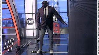 Shaq BEATS Kenny in a Race to the Video Board Again - Inside the NBA | 2021 NBA Playoffs