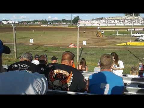 Cedar lake speedway traditional sprint car hot laps 2016