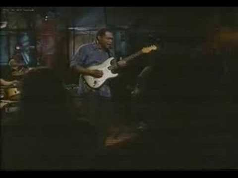 robert-cray-i-guess-i-showed-her-stratitis