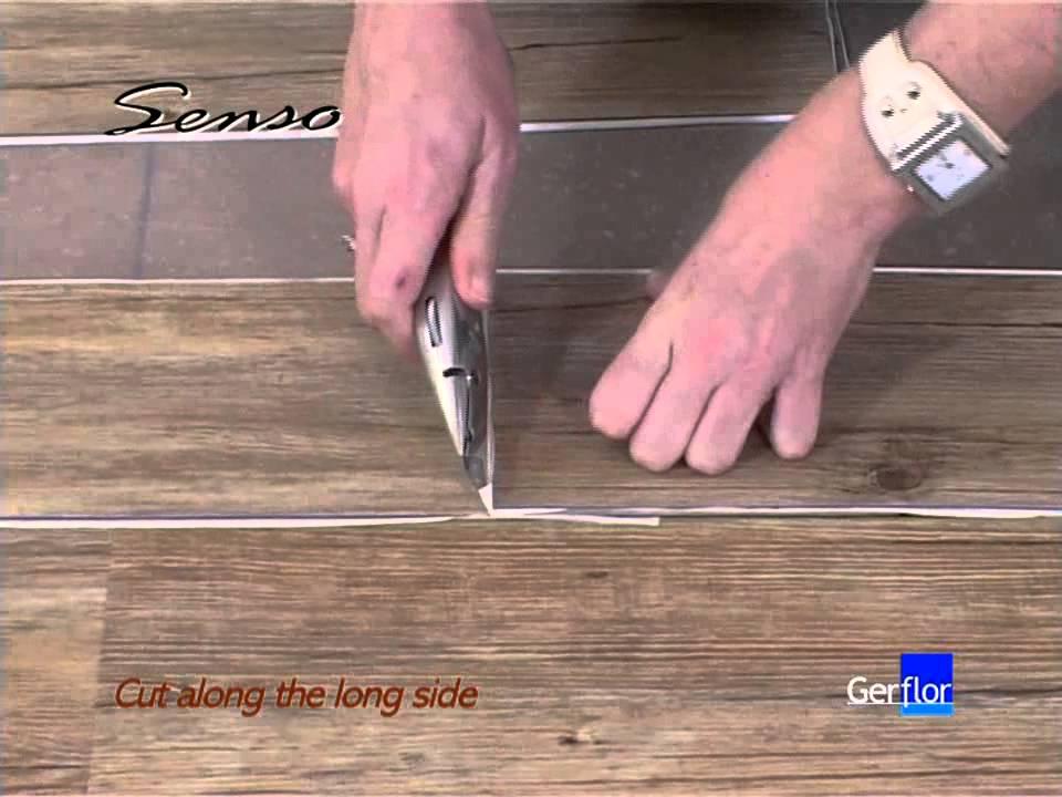 Colocaci n suelo autoadhesivo youtube - Ceramico imitacion madera ...