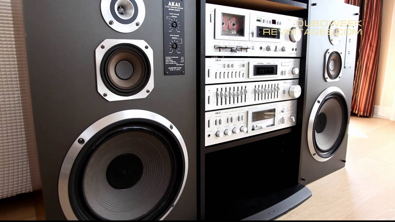 stereo components in akai rack