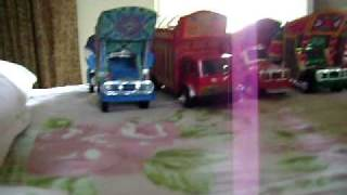 Bus And Truck Hand Made Modles (Miniature)